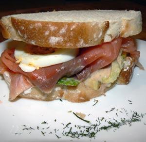 receta-bocadillo-vegetal-salmon