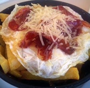 receta-gratis-huevos-rotos-con-jamon