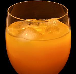 receta-zumo-zanahoria-sandia-melocoton