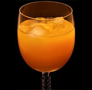 receta-gratis-zumo-mango-naranja-zanahoria