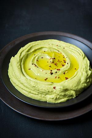 receta facil de hummus de aguacate