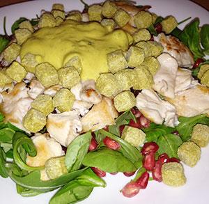 receta facil ensalada pollo granada mostaza picatostes esgir
