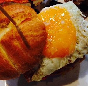 receta facil mini hamburguesa con jamon y huevo