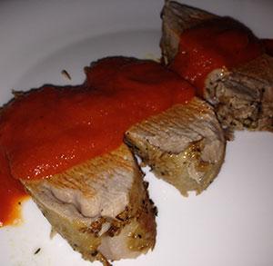 receta facil solomillo con salsa pimientos asados