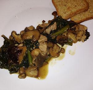 receta sana wok acelgas y setas con soja
